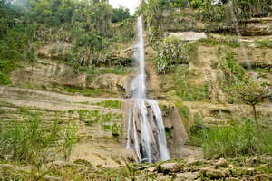 Can Umantad Waterfall 02